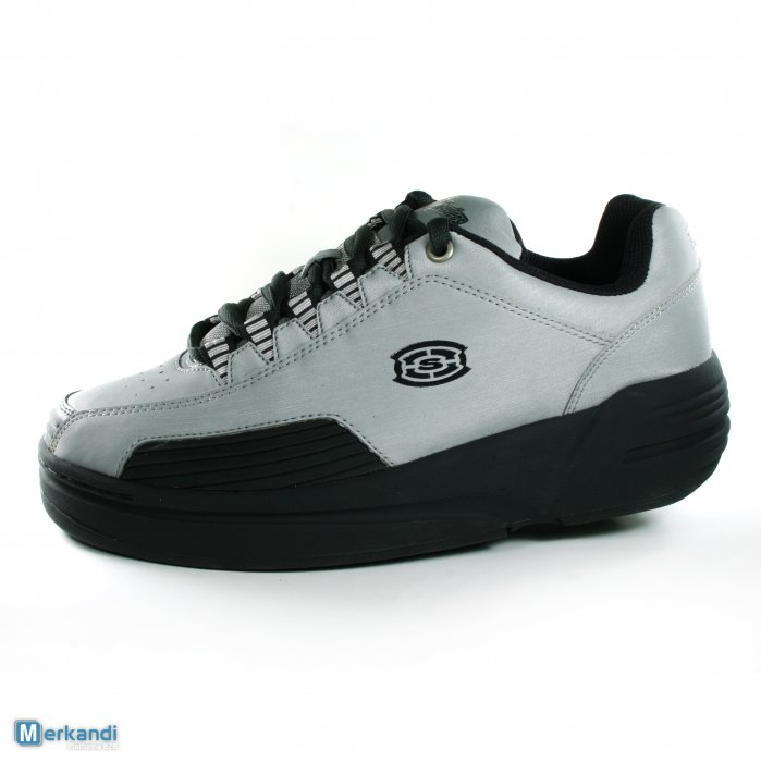 Chaussures à roulettes SKECHERS skate 3Wheelers 4,99